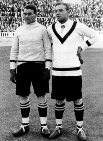 Plattko et l'immense Zamora, à qui il succède