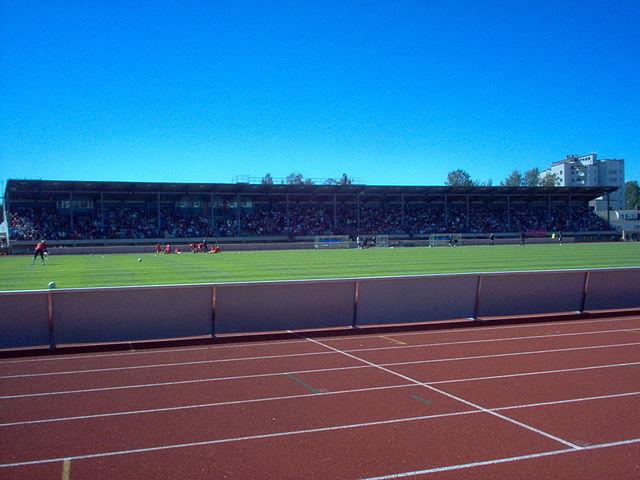 Bienvenue au Jakobstads Centralplan de Jakobstad, le terrain de jeu du FF Jaro d'Eremenko | © Pyhajumbo