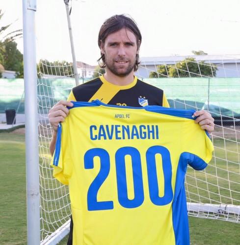 Cavenaghi célébrant le 200ème but de sa carrière, la seule véritable satisfaction du côté d'APOEL cette saison. / © apoelfcofficial