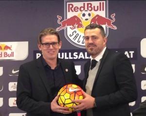 L'Espagnol Oscar Garcia, ici avec le directeur sportif, a été intronisé le 29 décembre.
