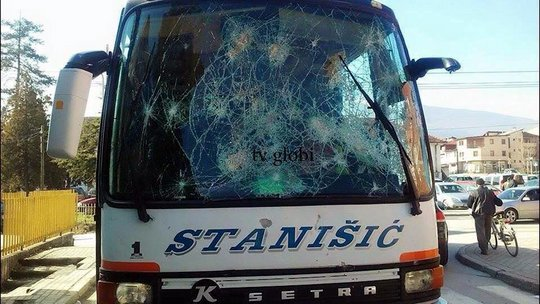 Buducnost-bus-attack-5
