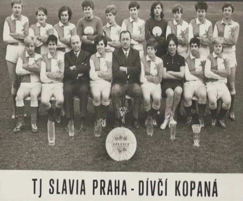 © slavia.cz