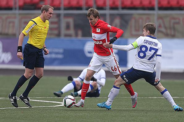 Le Spartak laisse filer de précieux points contre le Dinamo | © spartak.com