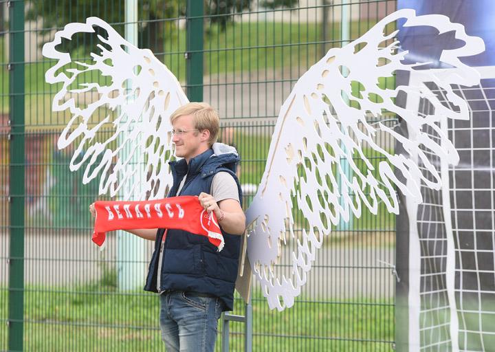 L'ange s'est envolé. © Aleksandr Shichkin, pressball