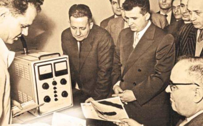 Ceaușescu et Gheorghiu-Dej, en déplacement à Cluj, 1960. | © Stiritv.com