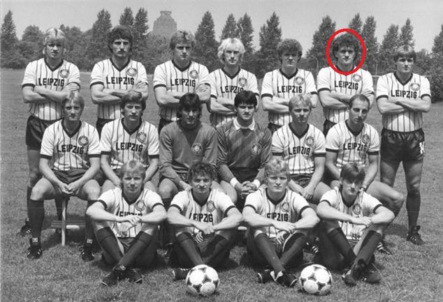 Olaf Marschall (cerclé de rouge) avec le Lok au début de la saison 1986-1987 | © Wolfgang Kluge/Bundesarchiv